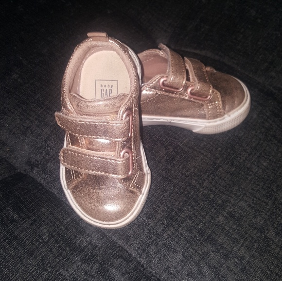 Toddler Girls Size 10 Rose Gold Metallic Lace-up Oxfords Shoes GAP Baby